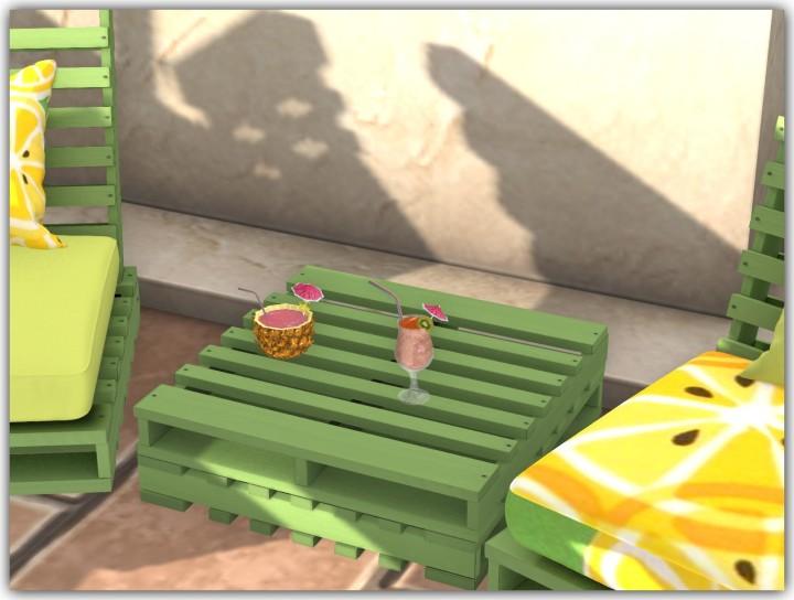 Bee Designs Pool Gacha 26